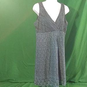 Athleta L blue/black sleeveless mini dress